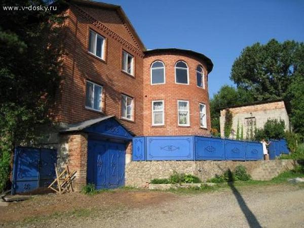 Продам 2-этажный кирпичный дом 220 кв.м, в г. Горячий Ключ